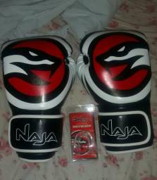 Luva de Muay Thai