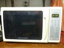 Microondas Brastemp clean/18Lts/10x no cartão
