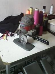 Maquina de corta tecido 200,00