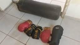 Vendo coisas de luta muay thai