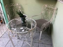Cadeiras e mesa de ferro/50/60 anos