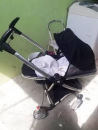 Carrinho de bebê quinny