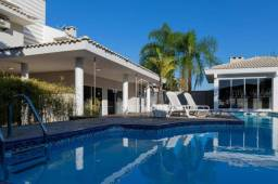 Lindissima Casa Alto Padrão com piscina a 3 minutos do centro