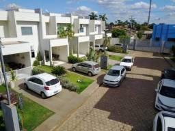 Casa a venda no Condomínio Villagio Caroline