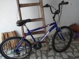 Bicicleta 18 marchas,semi nova,,,