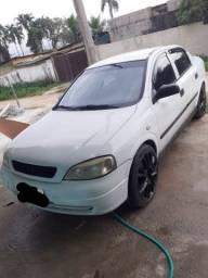 Astra 2000 modelo 2001