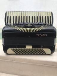 Acordeon Titano