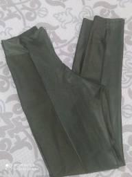Calça  (usada apenas 1 vez)