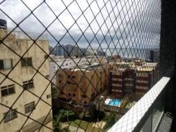 Excelente apartamento com 3 quartos e infraestrutura no Costa Azul