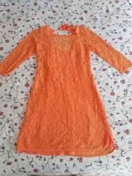 Título do anúncio: Vestido de renda com forro Dress to P