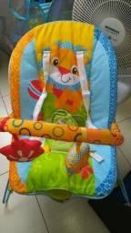 Carrinho e cadeira musical de bebe