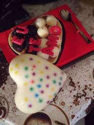 Ovos de Páscoa de coração ( Eu te amo) - chocolate nobre
