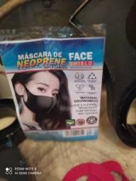 Prensa fabricar máscaras e outros