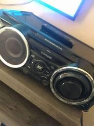 Aparelho de som Samsung Potente... Pra quem gosta de som Potente esse é o som