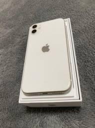 Vendo iPhone 11 64 gigas em estado de zero !Passo cartão com acréscimo