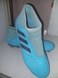 Chuteira Adidas semi nova