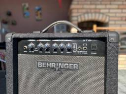 Amplificador Behringer VT15 CD