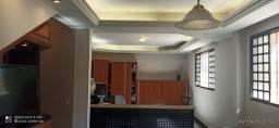 Título do anúncio: Sobrado para venda tem 220 metros quadrados com 4 quartos em Setor Bueno - Goiânia - GO