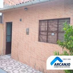 Primeiríssima Casa 2/4, 60m², Nascente, Toda Revestida e Forrada - São Jorge