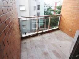 Ipanema, espaçoso apartamento de quarto e sala em predio com lazer