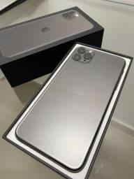 IPhone 11 Pro Max 64GB C/ Nota Fiscal e Estado de Novo