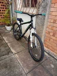 Bike first novissima *ler descrição*