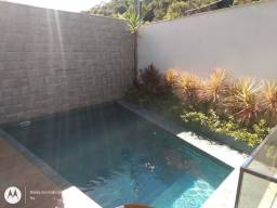 Limpeza de piscina e manutenção