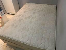 Vendo cama Box Casal - molas ensacadas