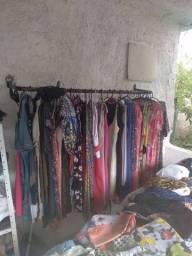 Vendo roupas de bazar