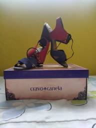 Título do anúncio: Sandália tamanho 35