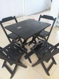 Título do anúncio: Mesas com cadeiras de madeira