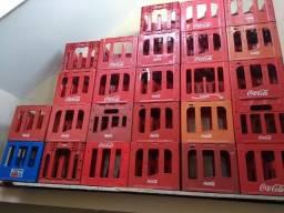 Caixas vazias de coca cola retornável 2 lts