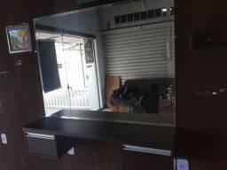 Vende-se Lavatório, bancada, espelho prateleira de vidro