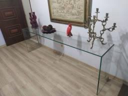 Aparador de vidro moderno