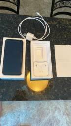 iPhone XS , 64 gigas , dourado e impecável .