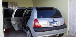 Título do anúncio: Renault Clio ( só não tem ar )