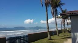 Casa em Itapoá de frente para o mar