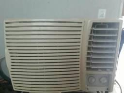 Ar condicionado semi novo 110 v