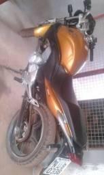 Vende-se uma moto cb 300 2010 ou troco por biz falar com Manoel 65993218596 - 2010