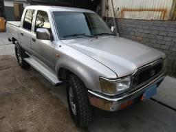 Toyota Hilux Srv 4x4 3.0 turbo 2002 - 2002