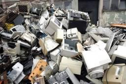 Usado, Retiramos sucatas de eletrônica comprar usado  Blumenau