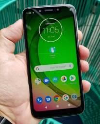 Troco Moto G7 Play novinho em Samsung A10