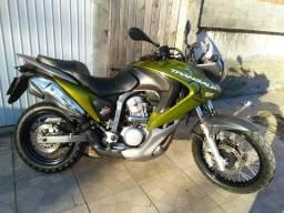 Transalp 700cc ano 2012 ABS assume financiamento - 2012