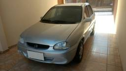 Gm - Chevrolet Corsa Sedan Super 1.6 Prata - 2001