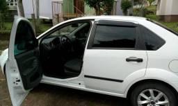 Fiesta 1.0 sedan - 2005