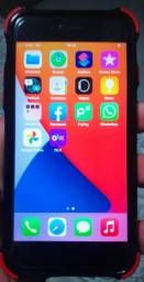 Vendo ou troco iPhone 7 na cor preta 256 giga byte