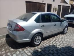 Vendo Ford Fiesta 1.0