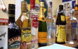 Bebidas na Black friday!! Red Label, Absolut, Ballantines, Gin!! Queima de estoque!!