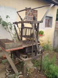Máquina de fazer bloco