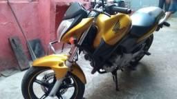 Moto Honda cb 300